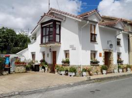 Casa Villa Pilar, Llovera (Langreo yakınında)
