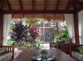 Forest Lodge: Bali-Style Retreat, Agnes Water (Bororen yakınında)