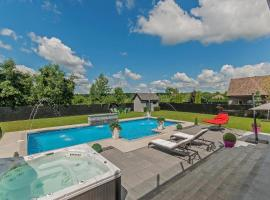 Luxury Modern Villa, Coteau-du-Lac