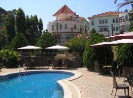 Lake Heights Hotel Entebbe, Энтеббе