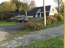 Villa Y voir, Yvoir (Bauche yakınında)