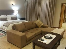 Executive Suite in Woodmead East