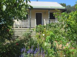 Walnut Cottage via Leongatha, Leongatha