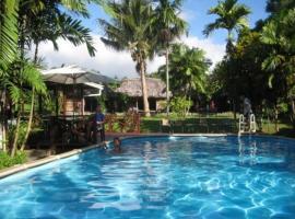 The Samoan Outrigger Hotel, Apija