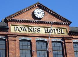 Fownes Hotel