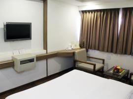 Hotel Shalimar, Bharuch (рядом с городом Keshrol)
