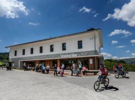 Youth Hostel Stop Inn, Иганци