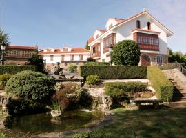 Hotel Rural Mar de Queo 2, Queo de Abaixo (Laracha yakınında)
