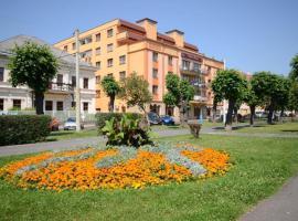 Teplice Plaza, Teplitz