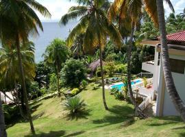 Entire Three Bedroom Beach House w Fishing Boats, Kayaks Included FREE, Santa Bárbara de Samaná (U blizini grada 'Los Guineos Perdidos')