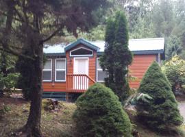 Tall Chief Camping Resort Cottage 1, Pleasant Hill (in de buurt van Snoqualmie)