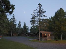 Narrows Too Camping Resort Cabin 4