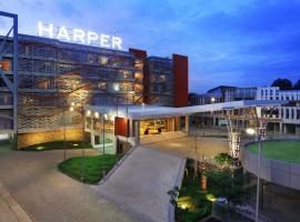 Harper Perintis, Makassar