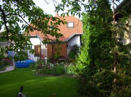 Lenart House 2