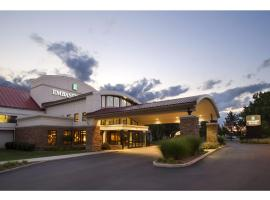 Emby Suites Detroit Metro Airport 3 Star Hotel