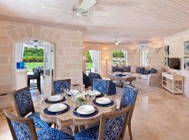 Coconut Grove 2 Luxury Villa, Saint James (Lancaster yakınında)