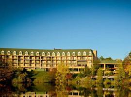 The Cau Resort 3 Star Hotel Tannersville 0 Miles From Camelbeach Mountain Waterpark