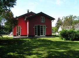 Rotes Ferienhaus Klausdorf, Klausdorf Mecklenburg Vorpommern (Prohn yakınında)