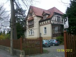 Pension & Gästehaus Villa Kühn, Zeitz (Elsteraue yakınında)