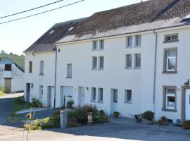 Holiday home Aux Hirondelles, Radelange (Le Parque yakınında)
