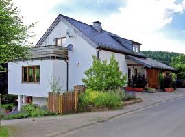 Holiday home Ferienwohnung Flucke Iii, Balesfeld (Nimshuscheid yakınında)