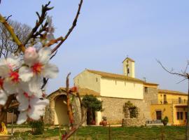 Casa Rural Ermita de Santa Llúcia, Tonya (Garrigás yakınında)