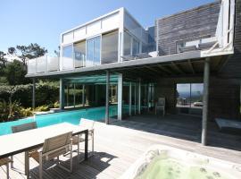 Five-Bedroom Villa Bay View