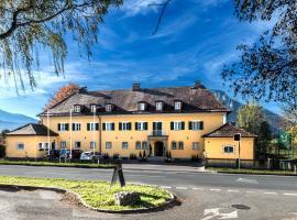 Villa Flora, Anif