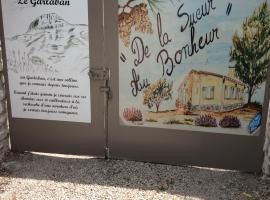 Chambre D'hôtes Villa de la Sueur au Bonheur, La Bouilladisse (рядом с городом Пейпен)