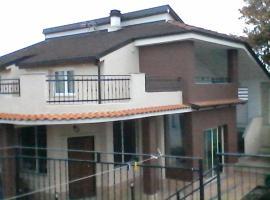 Villa Vittorio, San Giusto Canavese