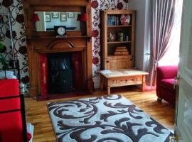 Beautiful Room in Victorian Family Home, Ilford
