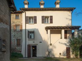Il Borgo, Castelvetro di Modena (Lo Spino yakınında)