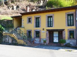 La Casa del Dobra, Tornín (Corigos yakınında)