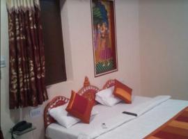 Krishnam Dhani - A Village Resort, Narwar (рядом с городом Māla)