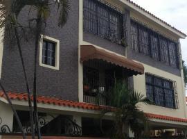 J & D Atlantidad, El Café (Quita Sueño yakınında)