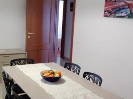 Francesco Messina Apartment, モスタチアーノ