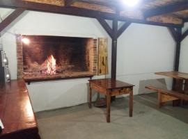Chalet Lika Adventure, Gospić (рядом с городом Brušane)