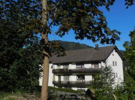 Ferienwohnung Tannwald, Bad Herrenalb (Dobel yakınında)