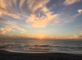 Home by Beach 2, Naples