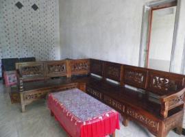 Suryadi Homestay, Licin (рядом с городом Jambu)