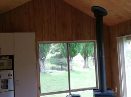 Country Visitors Cottage, Swifts Creek (Omeo yakınında)