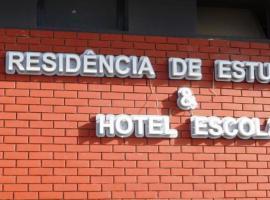 Hotel Escola da EHTCV, Praia (Cidade Velha yakınında)