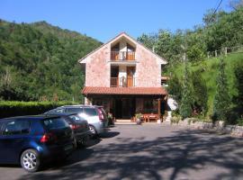 Hotel La Salmonera, Caño