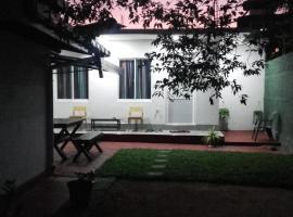 Araliya White House
