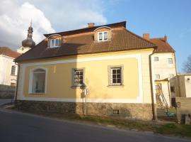 Guest House U Zlatého Jelena, Žinkovy (Nepomuk yakınında)