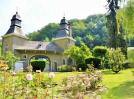B&B Petit Chateau Les Tourelles, Rivage (Presseux yakınında)