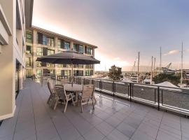 Waterfront Suites in the Heart of Auckland