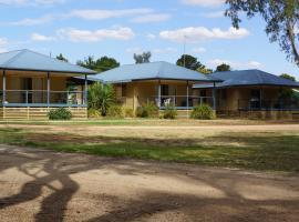 Tooleybuc River Retreat Villas