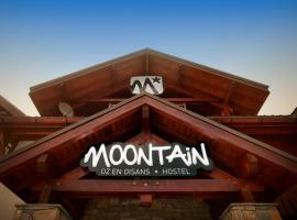Moontain Hostel