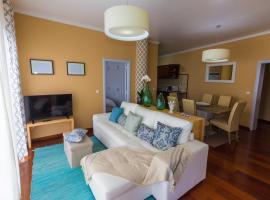 Relaxing SeaSide Family Apartment